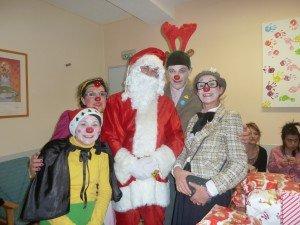 Des Neznets en compagnie du Père Noël... trop heureux...